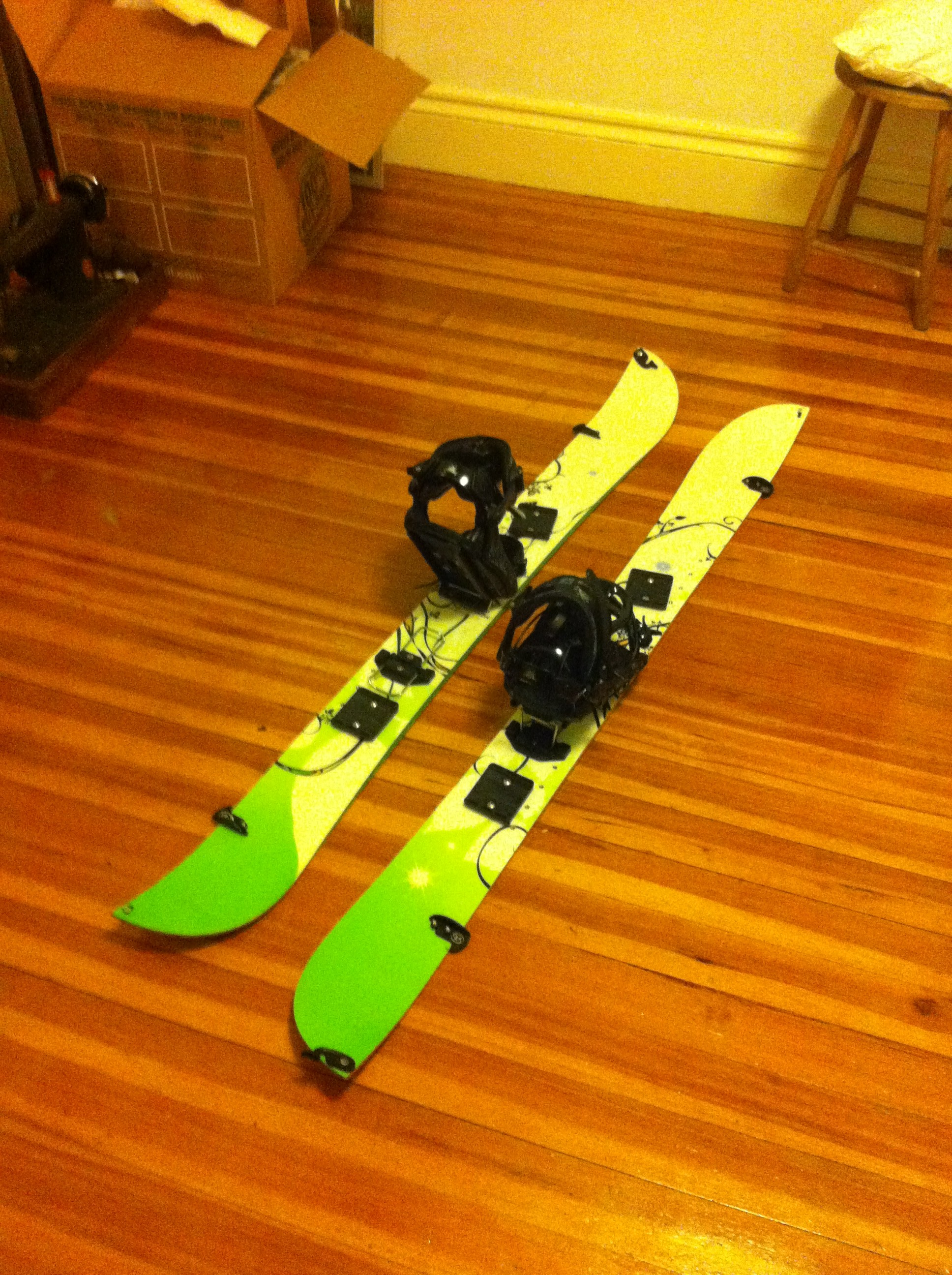 Splitboard in the ski position.